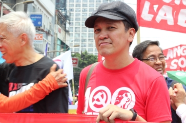 BAYAN Secretary General Renato Reyes joined workers in opposing continued implementation of neoliberal economic policies.